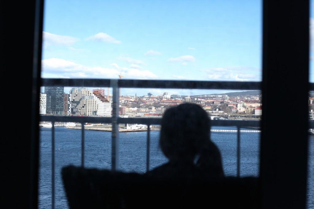 Nydelig utsikt fra vår egen balkong, mot operaen og Bjørvika.