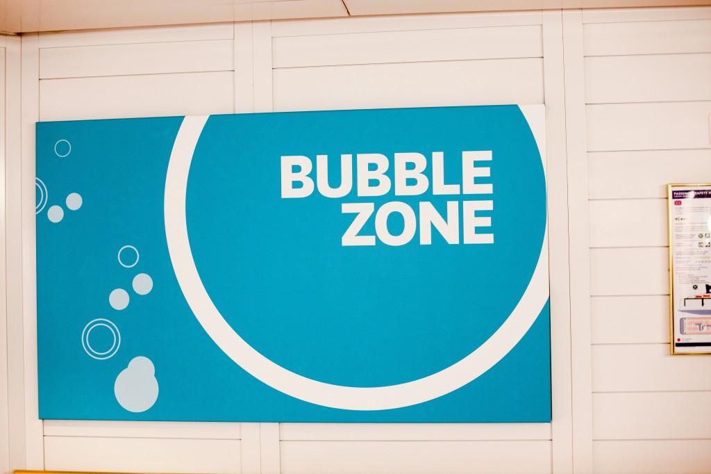 Bubble Zone er det nyoppussede og meget populære aktivitetsområdet for barna. Men med svømmebaseng og mulighet for å booke både skjønnhetsbehandlinger og massasje er det også en oase for de voksne.