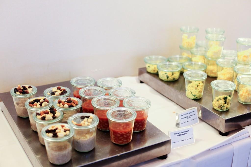 Havregrøt, bønner og eggerøre var også blant utvalget.