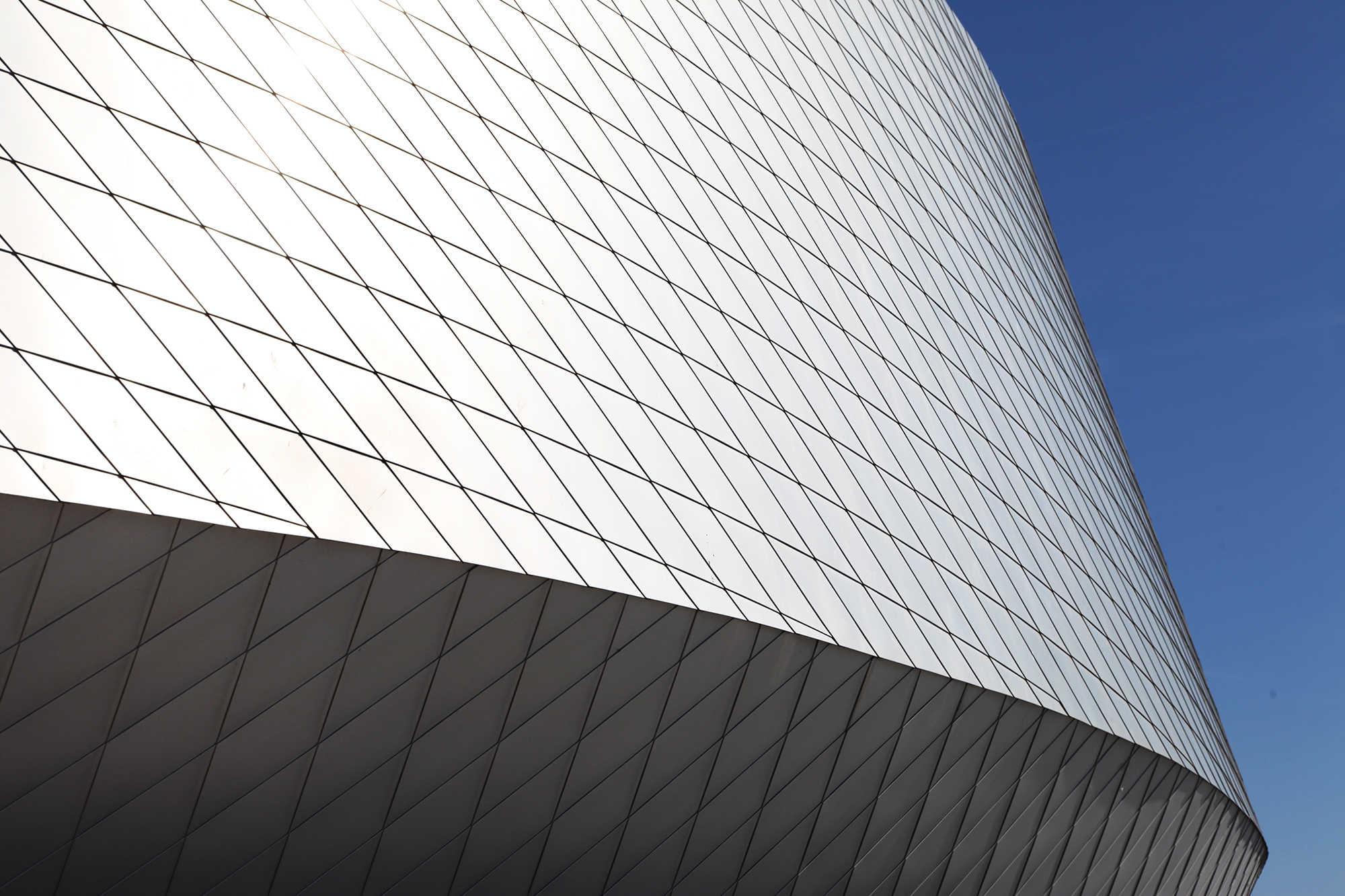 Man kommer heller ikke utenom den fantastiske arkitekturen! Akvariet er en virkelig flott bygning.