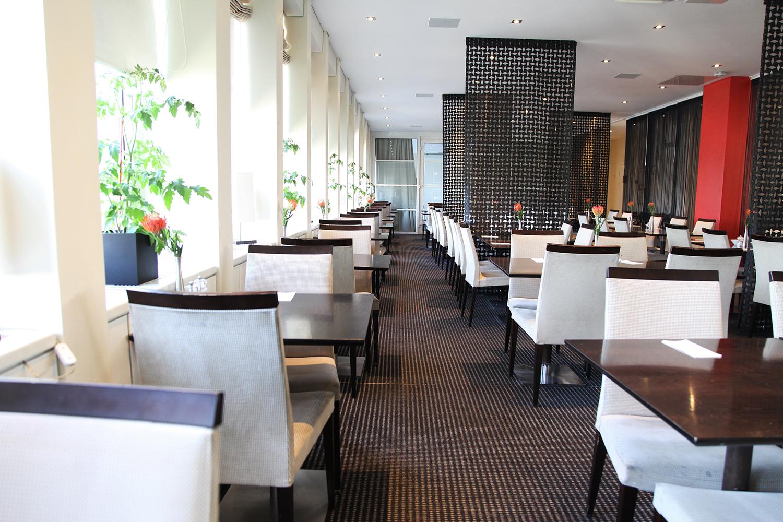 Hyggelig med frokost på toppen av hotellet :)